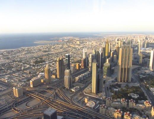 uitzicht op dubai vanaf burj khalifa