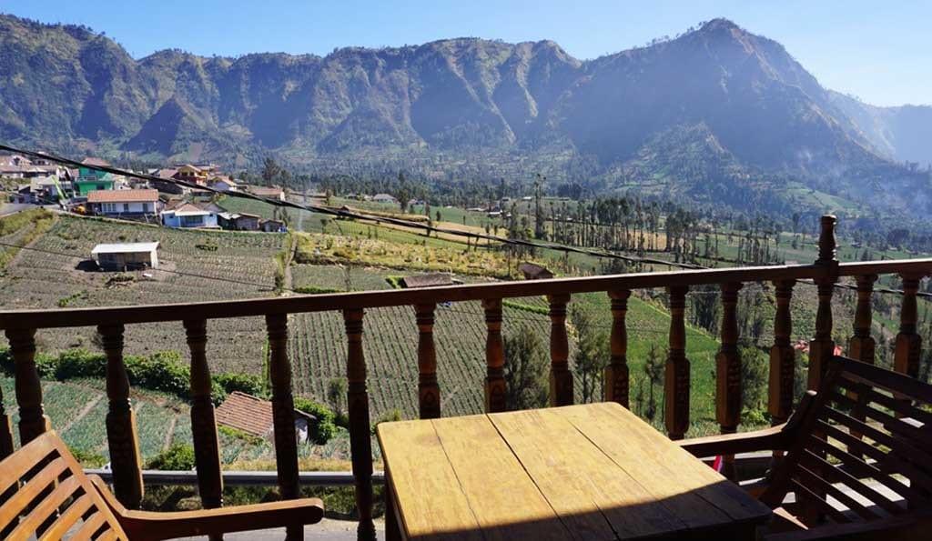 terras bij de bromo vulkaan op java