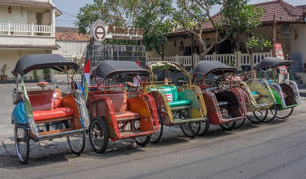 Traditionele riksjas in Yogyakarta