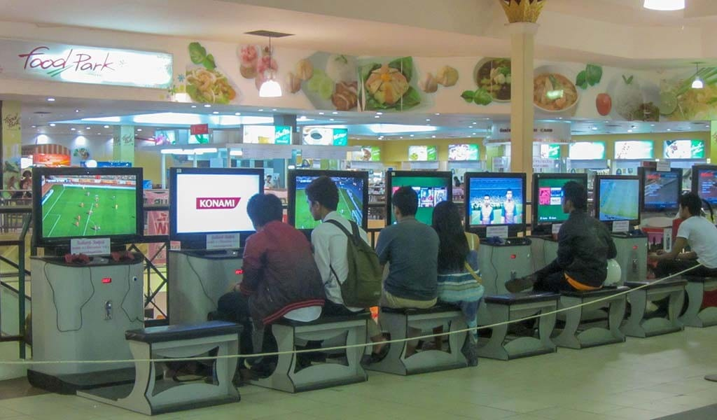 Gaming in Ayutthaya