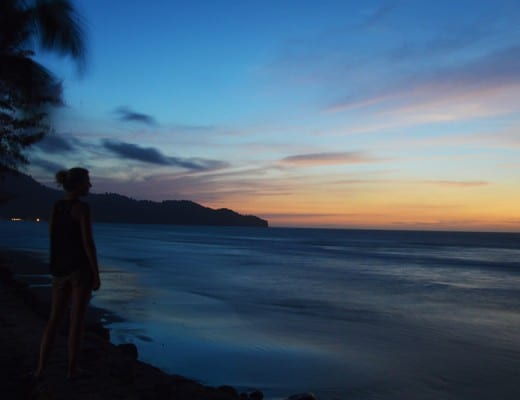 zonsondergang bij borneo beach villas