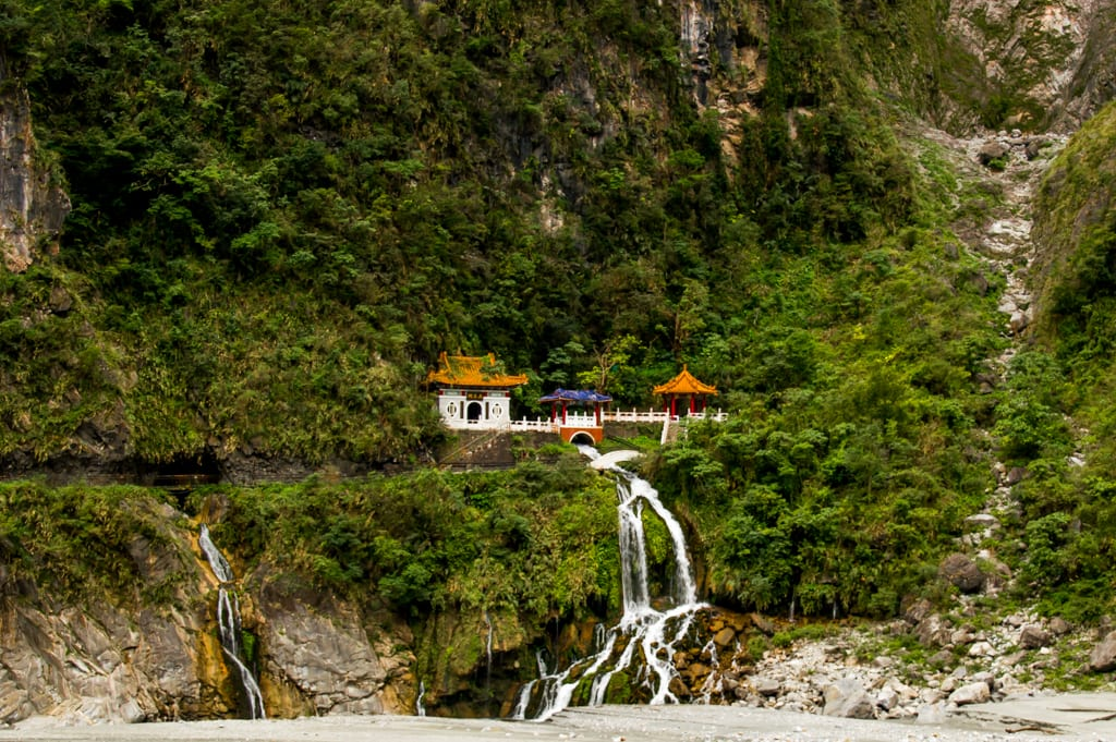 shrine in Taroko Gorge