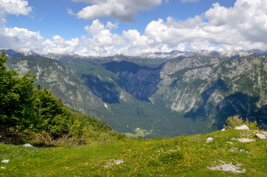 Uitzicht vanaf Vogel Mountain op Julische Alpen