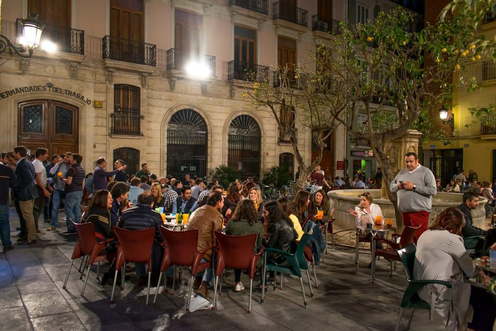 Plaza del Doctor Colladoin Valencia