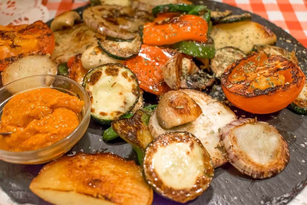 Gegrilde groentes bij Almudin in Valencia